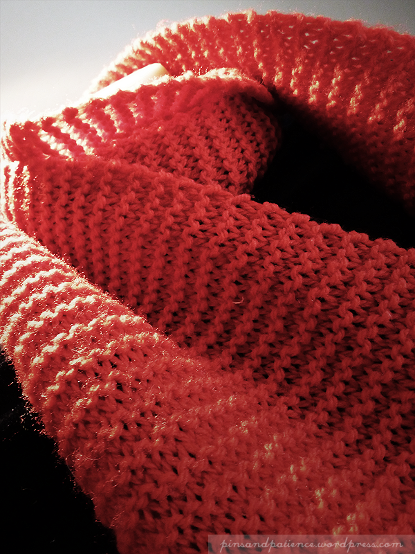 My Handmade Scarf #7: Red Knit
