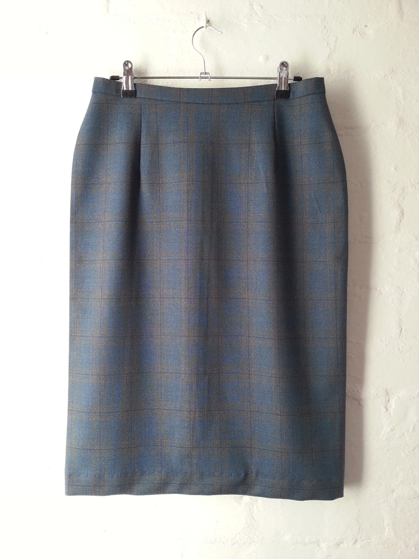 Woollen Wonder Pencil Skirt - Front