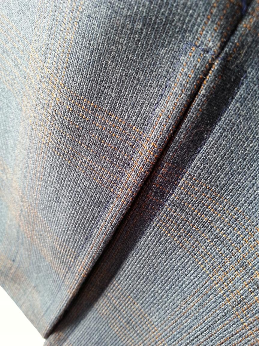 Woollen Wonder Pencil Skirt - Back Vent