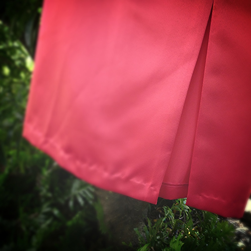 Sew 2012 #021: Hot Pink Satin Sexy Pencil Skirt: The Split
