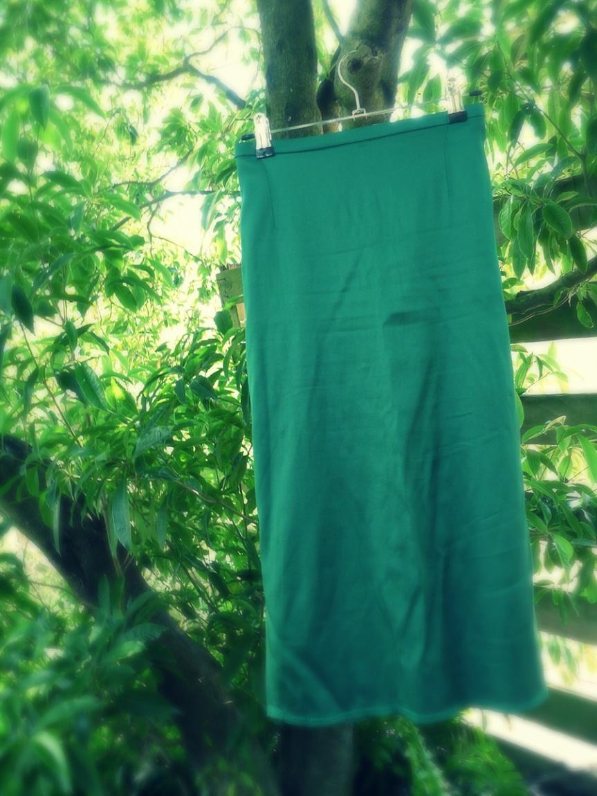 Sew 2012 #022: A Back Up Christmas Skirt
