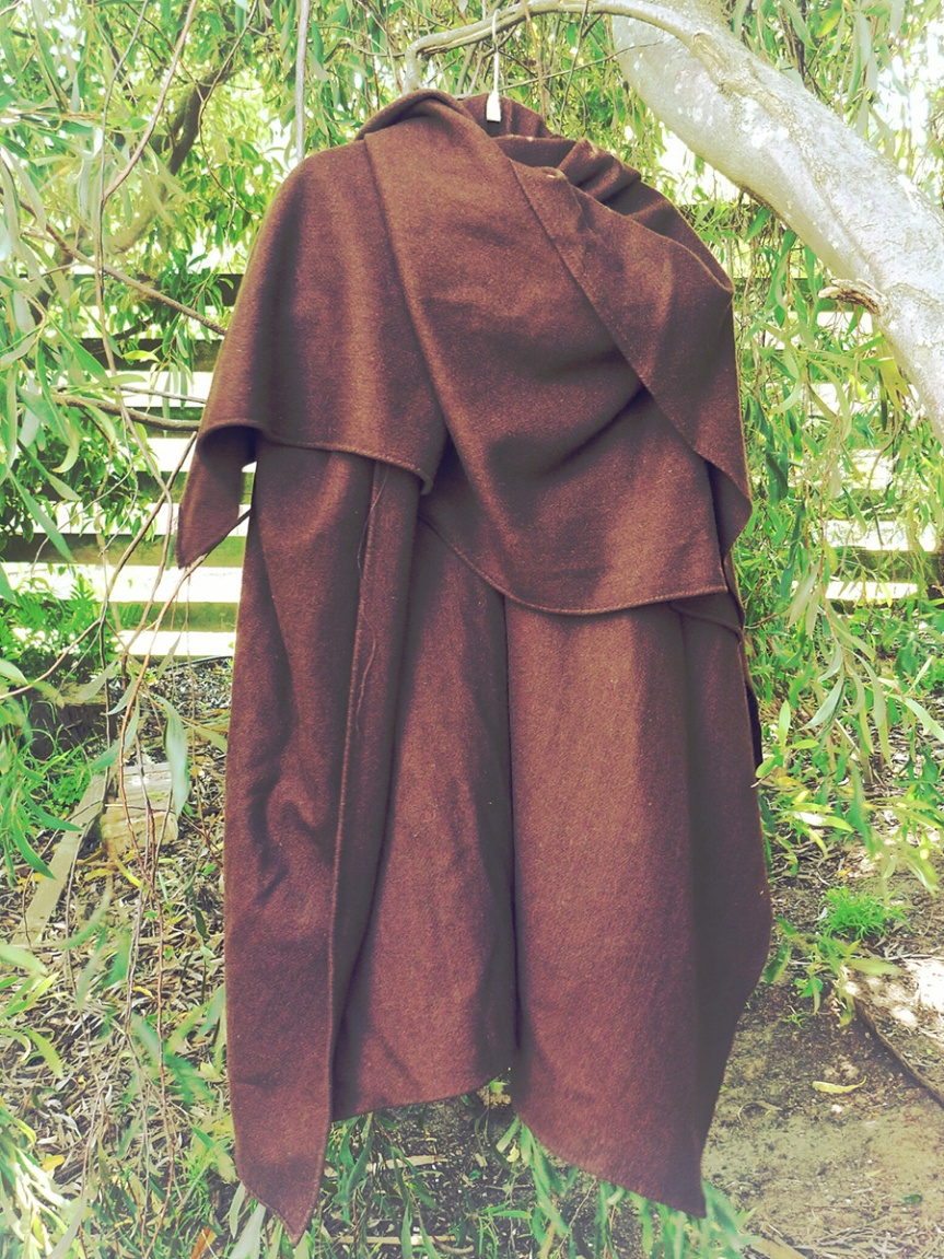 Completed: Woollen Croak Cloak