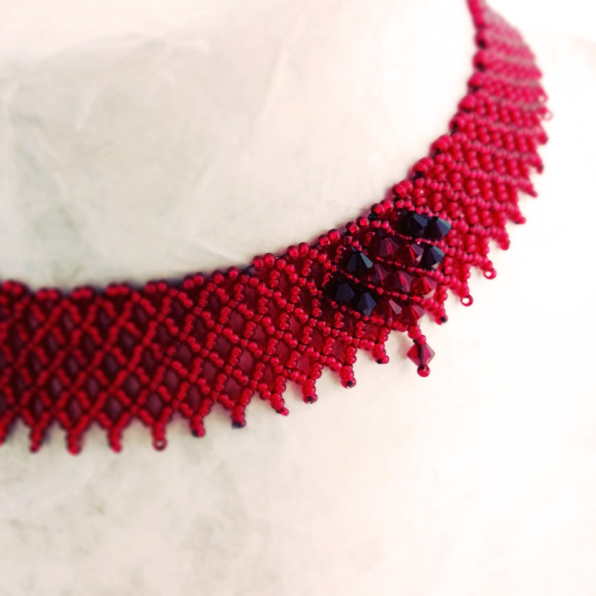 Gorgeous Red Heart bead stitched chokernecklace